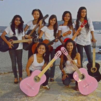 Ninos, music