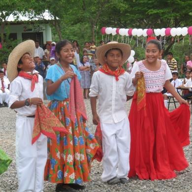Ninos, dance, culture