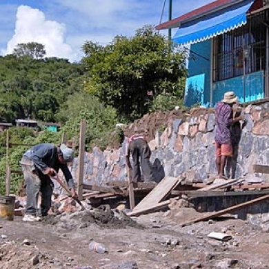 School, construction, volunteers